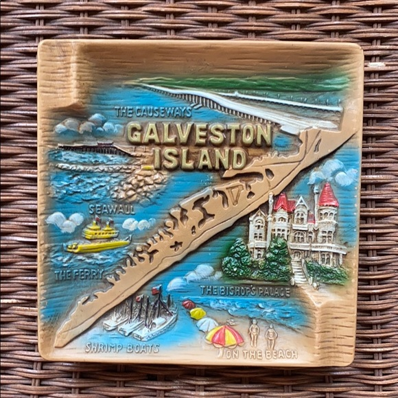 Vintage Galveston Island Souvenir Ashtray